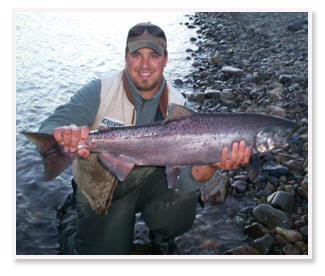 Guide Nathan Bryant with a nice Chinook. Nathan Guides in Oregon Washington Idaho and Alaska